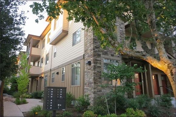 Alder Park Apartments 723 E 17th Ave Eugene Or Rentcaf 233