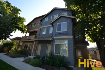 1367 High St 3 Beds Apartment for Rent Photo Gallery 1