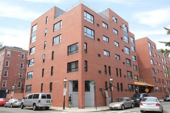 Casa Maria Apartments 130 Endicott Street Boston Ma Rentcafe