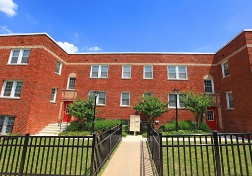 Fairlawn Marshall Apartments Community Thumbnail 1