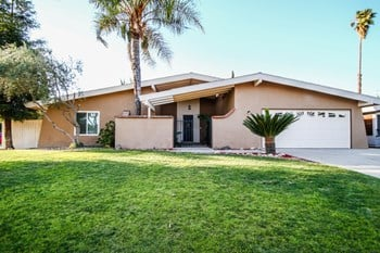 4616 El Monte Way 3 Beds House for Rent Photo Gallery 1