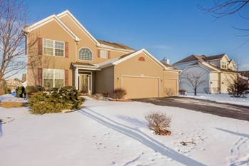 2042 Wild Indigo Ln 4 Beds House for Rent Photo Gallery 1