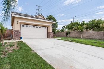 29484 Corte Vista Ln 4 Beds House for Rent Photo Gallery 1