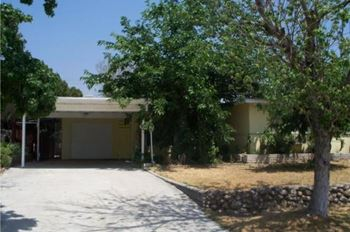 5549 Osbun Rd 4 Beds House for Rent Photo Gallery 1
