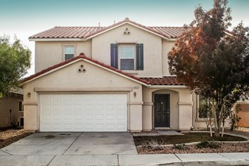 4933 Elkin Creek Ave 4 Beds Apartment for Rent Photo Gallery 1