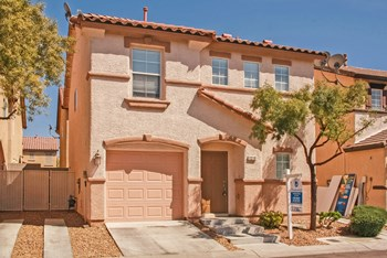 1218 Golden Apple St 3 Beds Apartment for Rent Photo Gallery 1