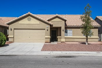 5121 Coral Beach St., North Las Vegas, NV 89031 4 Beds Apartment for Rent Photo Gallery 1