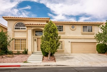 2858 Aliso Dr 4 Beds House for Rent Photo Gallery 1