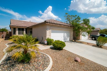9138 Drifting Bay St 3 Beds Apartment for Rent Photo Gallery 1