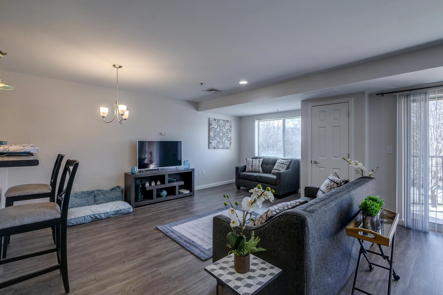 Luxurious Interiors at Carisbrooke at Manchester, New Hampshire, 03102