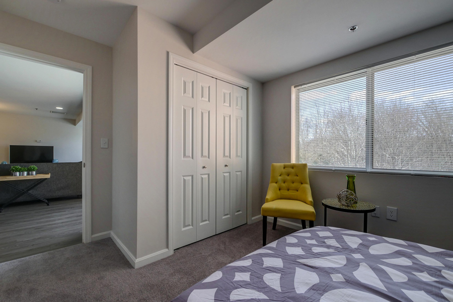 Executive Suites Available at Carisbrooke at Manchester, New Hampshire, 03102