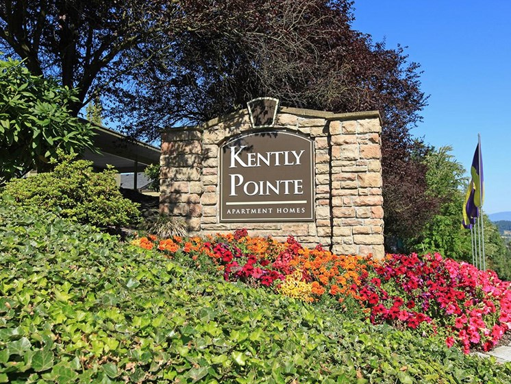 Kently Pointe Community Signage