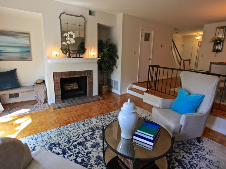 Living Room With Fireplace at Indian Creek Apartments, Ohio