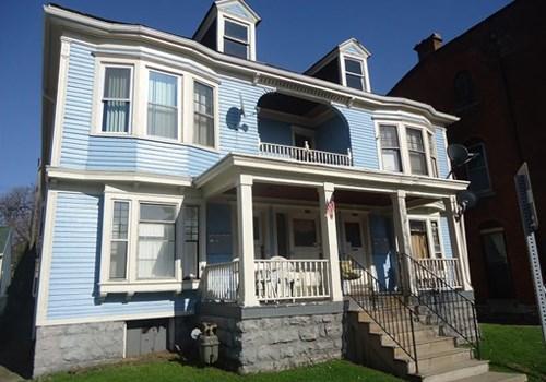 Elmwood South Apartments Community Thumbnail 1