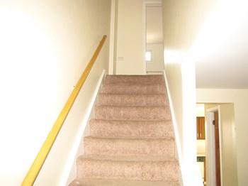 330 Sundridge 3 Beds Apartment for Rent Photo Gallery 1