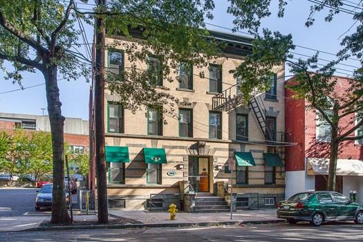 165 Park Street Community Thumbnail 1