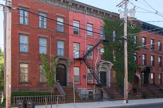 42 Trumbull Street Community Thumbnail 1