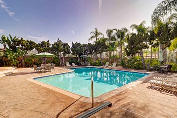1800 Brea Blvd. 1-2 Beds Apartment for Rent Photo Gallery 1