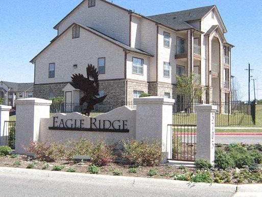 Eagle Ridge Apartments 3703 Wurzbach San Antonio Tx Rentcafé