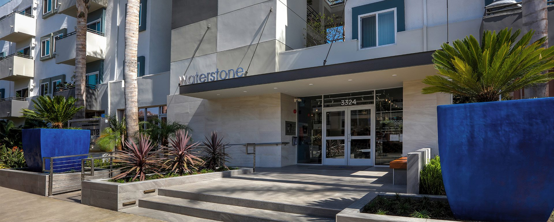 Waterstone at Metro homepagegallery 2