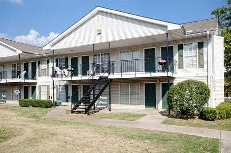 Photos and Video of Summit Park Apartments in Memphis, TN