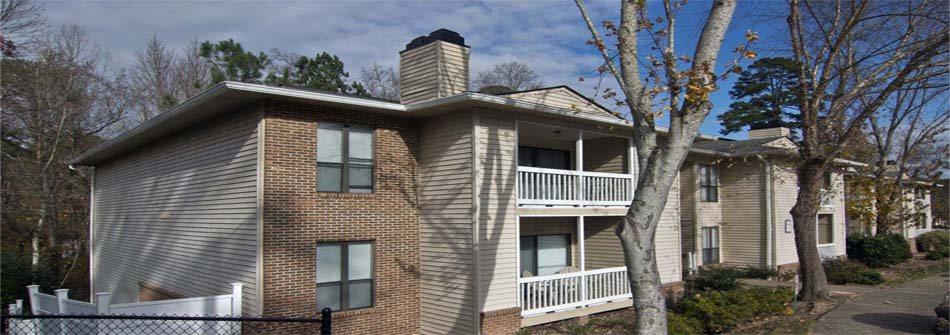 Exterior View of Buildings at Park Ridge Estates Apartments in Durham NC