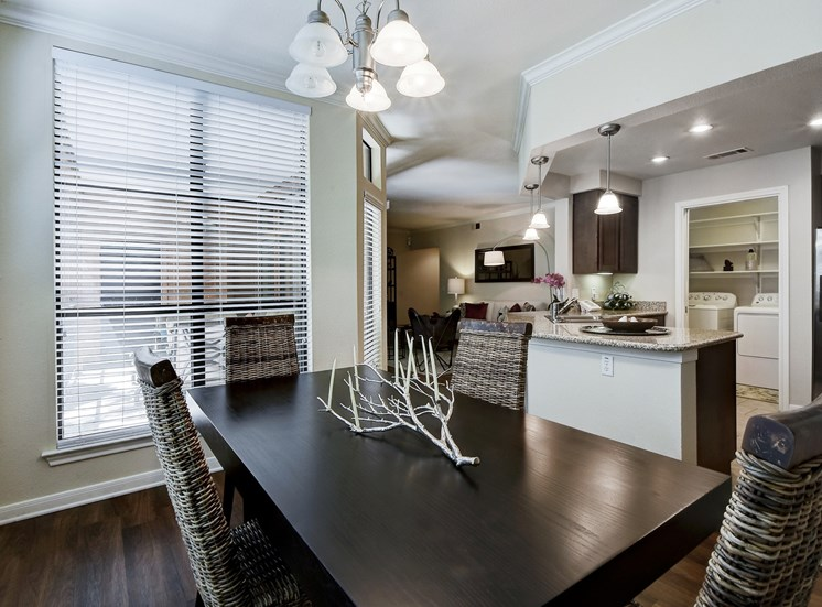 Dining Area at Nalle Woods Apartments in Austin, Texas