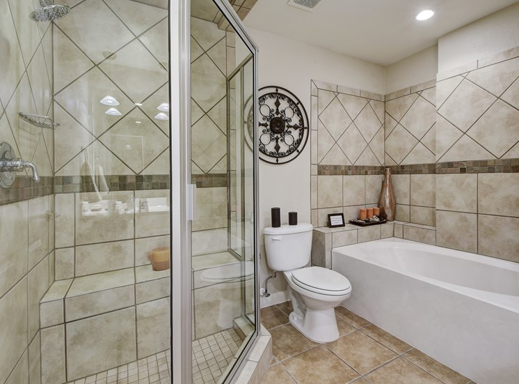 Tiles Bathroom Walls at Nalle Woods Apartments in Austin, Texas