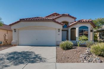 4331 Rawhide St 3 Beds House for Rent Photo Gallery 1