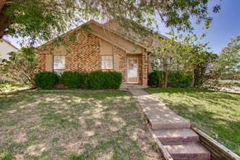 9124 Pinehaven Drive 3 Beds House for Rent Photo Gallery 1