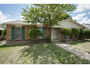 9706 Sophora Circle 3 Beds House for Rent Photo Gallery 1