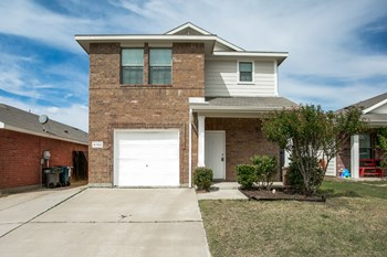 6152 River Pointe Drive 4 Beds House for Rent Photo Gallery 1