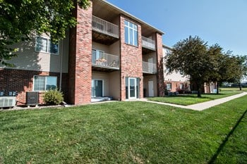 1274 Deerfield Blvd 1 Bed Apartment for Rent Photo Gallery 1