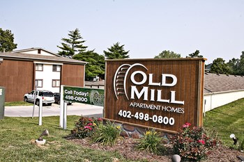 10905 N Mill Ct 1-3 Beds Apartment for Rent Photo Gallery 1