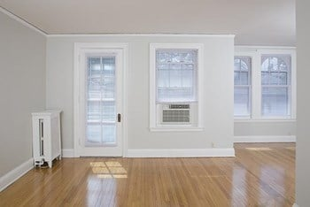 617 South 37th St 1-2 Beds Apartment for Rent Photo Gallery 1