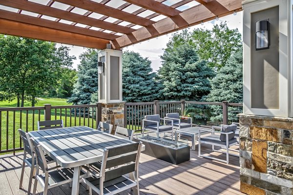 Outdoor Grilling Station at Tiburon View Apartments, Omaha, Nebraska