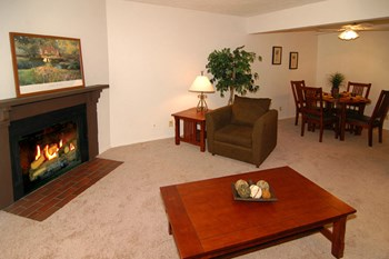 10919 Cottonwood Lane 1 Bed Apartment for Rent Photo Gallery 1