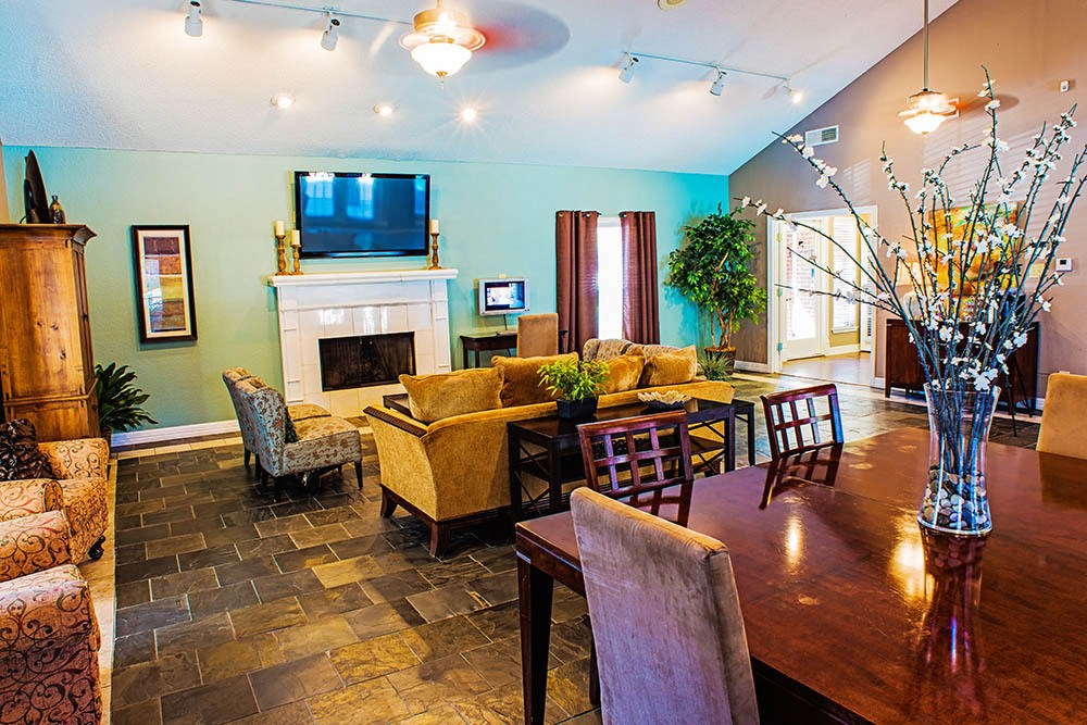 Town Lake Apartments Coppell