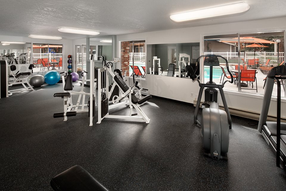 fully equipped fitness center at Central Pointe Apartments in Boise ID