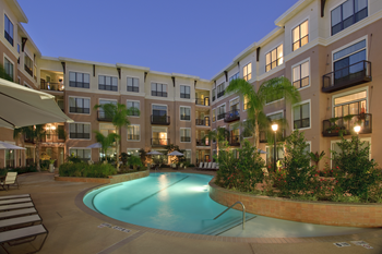 2424 Sawyer Heights Street 1-2 Beds Apartment for Rent Photo Gallery 1