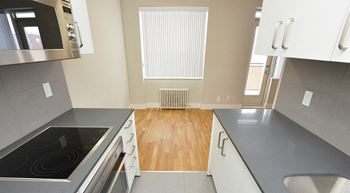 3710 Queen Mary 1 Bed Apartment for Rent Photo Gallery 1
