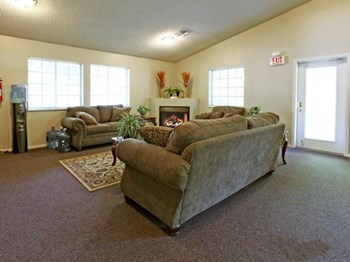 1000 El Rancho Dr. 1-2 Beds Apartment for Rent Photo Gallery 1