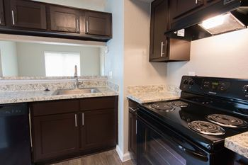 12800 Woodforest Boulevard 1-3 Beds Apartment for Rent Photo Gallery 1