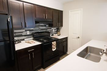 1015 Country Place Drive 1-4 Beds Apartment for Rent Photo Gallery 1