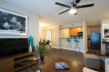 101 S. Old Coachman Road 1-3 Beds Apartment for Rent Photo Gallery 1