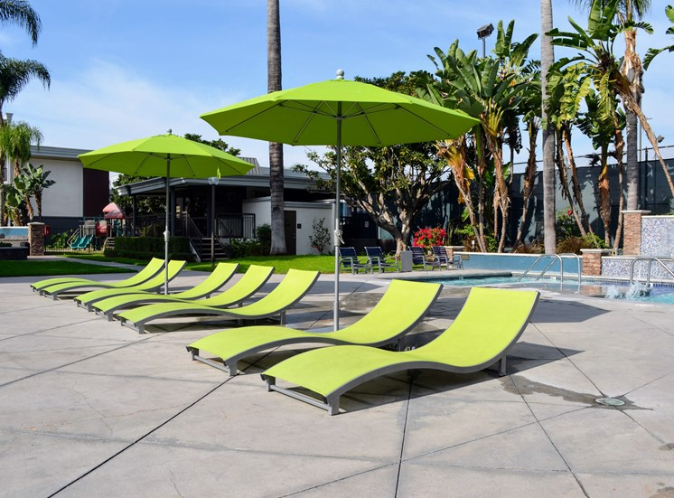 Pool Side Relaxing Area at Madison Park Apartment Homes, Anaheim, California