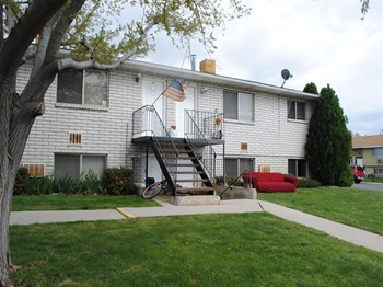 1085 S. Anne Cir 8 Beds Apartment for Rent Photo Gallery 1
