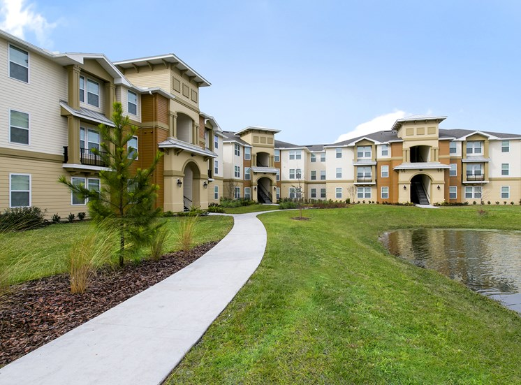 Heritage Park Apartments for rent in Kissimmee, FL. Make this community your new home or visit other Concord Rents communities at ConcordRents.com. Building exterior