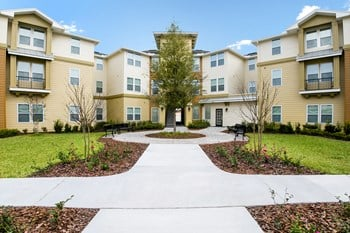 302 Parkland Circle #101 1-4 Beds Apartment for Rent Photo Gallery 1