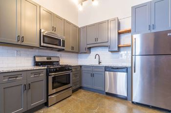 550 Riverstone Parkway Studio-2 Beds Apartment for Rent Photo Gallery 1